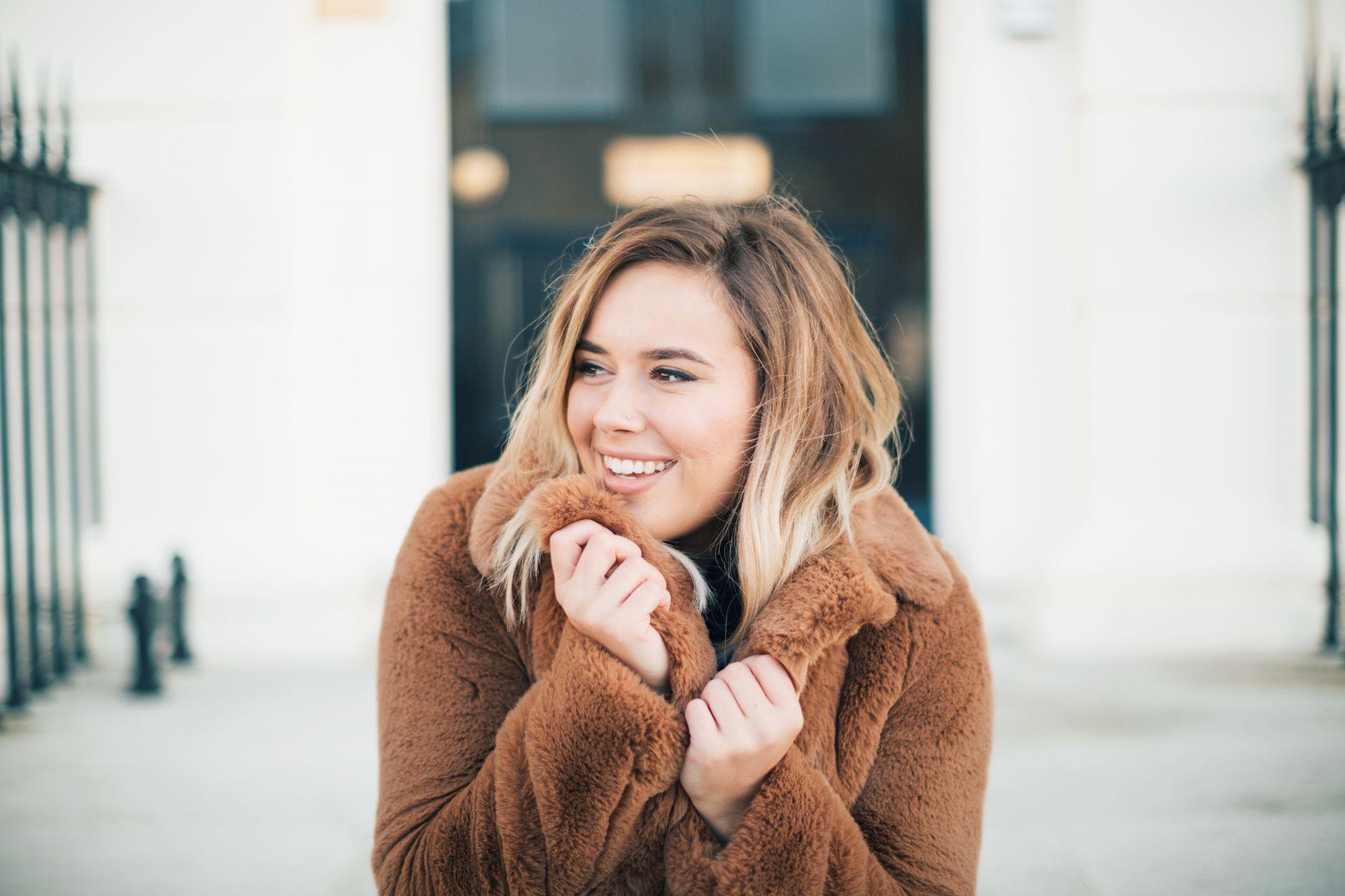 suzie-hello-october-teddy-coat-winter-outfit-chanel-bag-december-2017-25