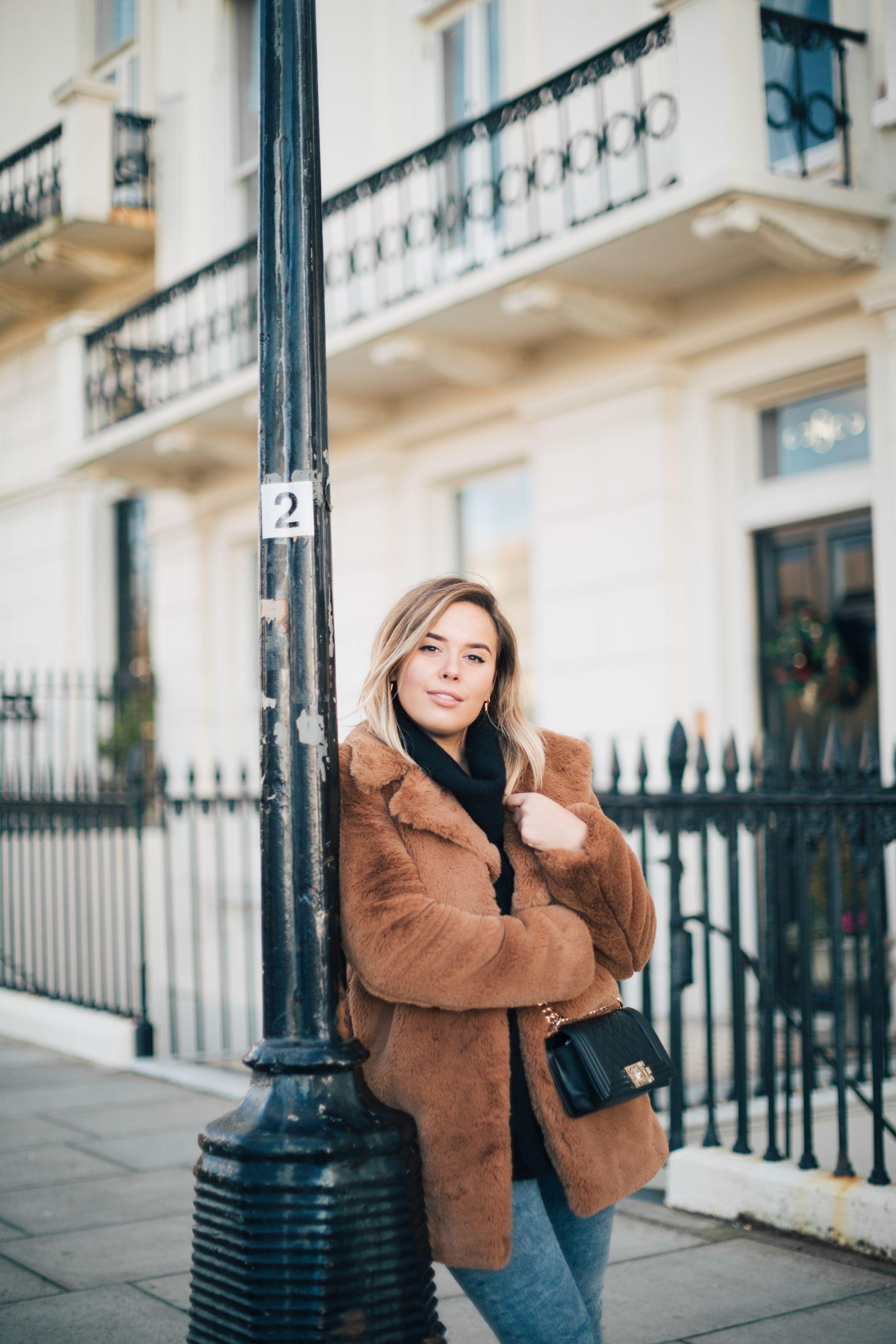 suzie-hello-october-teddy-coat-winter-outfit-chanel-bag-december-2017-9